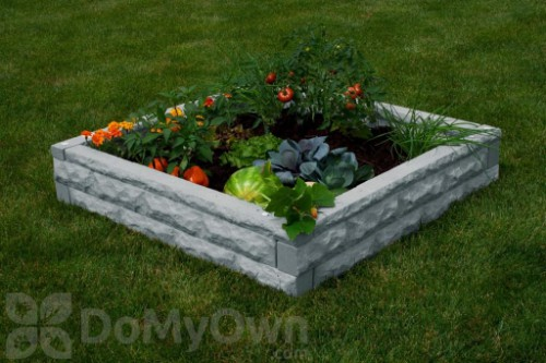 A Raised Bed Garden That's Easy to Setup